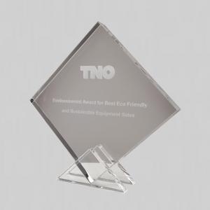 laseren van vierkante award met eigen logo